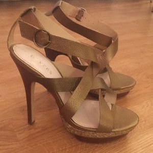 Women's size 10 Bakers copper colored sandals